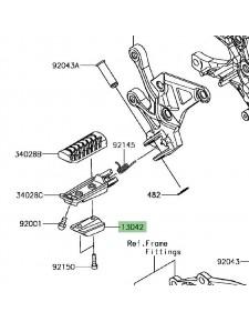 Masselotte repose-pieds Kawasaki Z900 | Réf. 130420746
